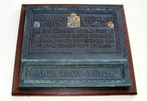Plaque at the house in Rochester where James spent the night before sailing for France